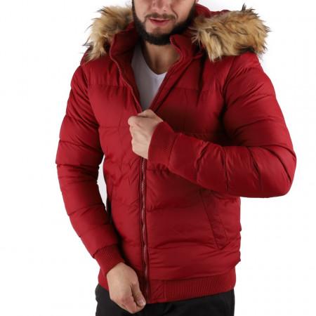 Geacă de iarnă Taris Vișinie - Construită cu un fermoar de fixare, jacheta vă va menține cald în zilele reci de iarnă.  Dispune de o glugă îmblănită, două buzunare cu fermoar. - Deppo.ro