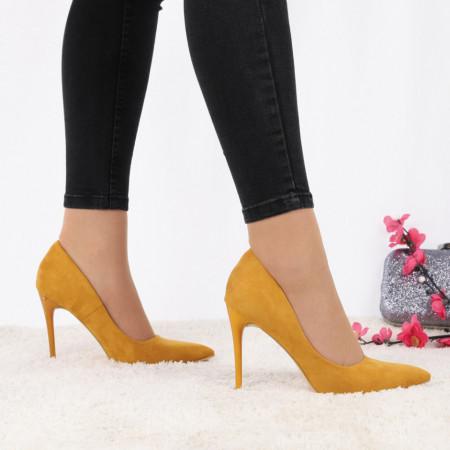 Pantofi cu toc cod EK0033 Galben - Pantofi cu toc ascuțit din piele ecologică întoarsă cu un design unic, fii în pas cu moda și strălucește la urmatoarea petrecere. - Deppo.ro