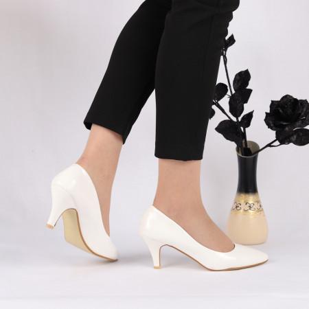 Pantofi cu toc cod O1229 Albi - Pantofi cu toc din piele ecologică cu un design unic, fii în pas cu moda şi străluceşte la următoarea petrecere. - Deppo.ro
