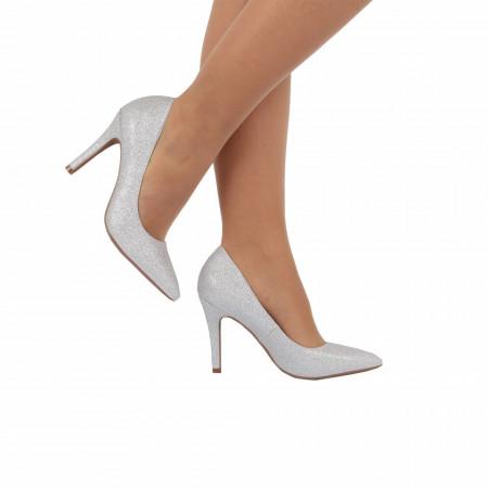 Pantofi Cu Toc Jaylah Silver - Pantofi cu toc ascuțit din piele ecologică cu un design unic . Fi in pas cu moda si străluceste la urmatoarea petrecere. - Deppo.ro