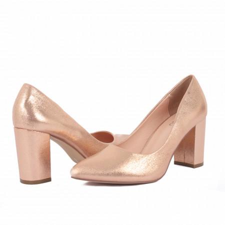 Pantofi Cu Toc Lorita Champagne - Pantofi cu vârf ascuțit şi toc gros din piele ecologică, foarte confortabili cu un calapod comod - Deppo.ro