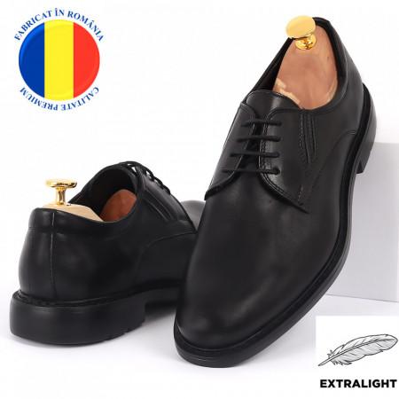 Pantofi din piele naturală Mario Negri - Pantofi din piele naturală, model simplu, finisaje îngrijite cu undesign deosebit prin vârful perforat - Deppo.ro