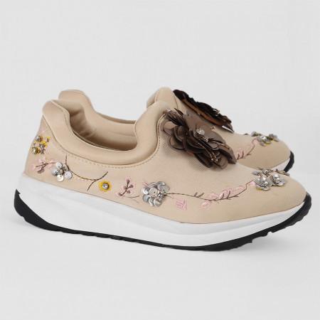 Pantofi Sport Cierra Cod 470 - Pantofi sport din piele ecologică întoarsă  Model înflorat din ștrasuri  Foarte comfortabili - Deppo.ro