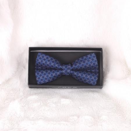 Papion Albastru Decorat - Cumpără îmbrăcăminte, încăltăminte și accesorii de calitate cu un stil aparte mereu în ton cu moda, prețuri accesibile și reduceri reale, transport în toată țara cu plata la ramburs - Deppo.ro