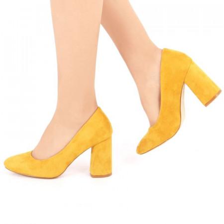 Pantofi cu toc cod 8911 Galbeni - Pantofi din piele ecologică întoarsă de înaltă calitate cu toc pătrat 8,5 cm şi vârf rotunjit - Deppo.ro