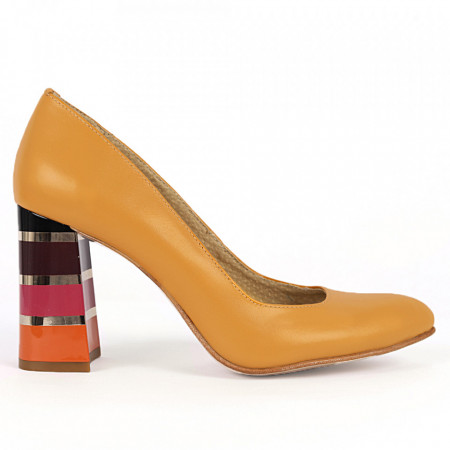 Pantofi cu toc din piele naturală Cod S21 Muștariu - Pantofi cu toc din piele naturală moale  Toc cu model deosebit de frumos  Acești pantofi vă conferă lejeritate și eleganță - Deppo.ro
