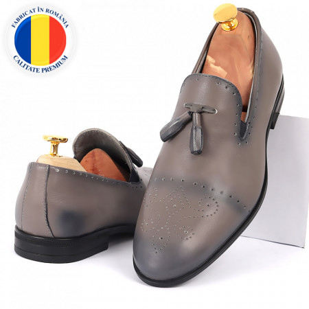 Pantofi din piele naturală cod 5459 - Pantofi din piele naturală, model simplu, finisaje îngrijite cu undesign deosebit - Deppo.ro