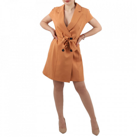 Rochie Anne Cărămizie - Rochia ANNE îți conferă o ținută lejeră de vară. Este o rochie tip sacou cu decolteu și închidere prin nasturi. Cureaua este inclusa în ținută. - Deppo.ro
