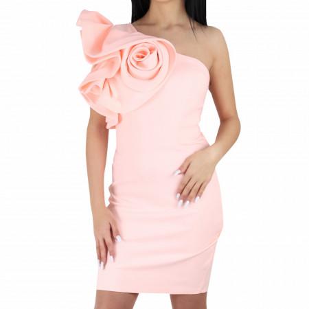 Rochie Josie Pink - Rochie cu volane pe umăr în formă de trandafir, simte-te atrăgătoare si misterioasă purtând rochia Viona și atrage toate privirile la urmatoarea petrecere. - Deppo.ro