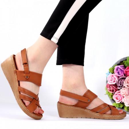 Sandale pentru dame din piele naturală cod 824 Brown - Sandale pentru dama din piele naturală  Închidere prin scai  Calapod comod - Deppo.ro