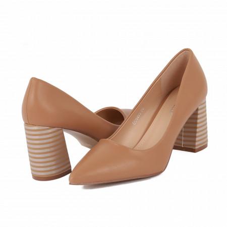 Pantofi Cu Toc Abril Beige - Pantofi cu toc gros cu un model deosebit și vârf ascuțit din piele ecologică, foarte confortabili potriviți pentru birou sau evenimente speciale. - Deppo.ro