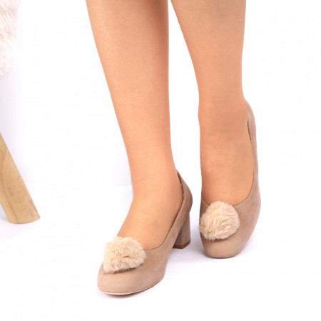 Pantofi cu toc Cod 4687 Bej - Pantofi pentru dame din piele ecologică întoarsă Conferă lejeritate și eleganță - Deppo.ro