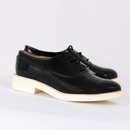 Pantofi din piele ecologică cod ZA-1 Negri - Pantofii îți transformă limbajul corpului și atitudinea. Te înalță fizic și psihic! Pantofi pentru dame din piele ecologică lăcuită - Deppo.ro