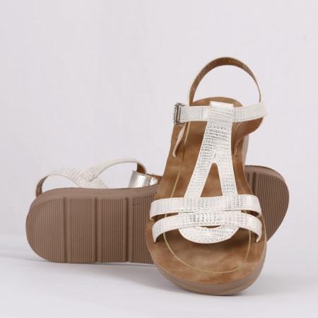 Sandale pentru fete cod CD09 Albe - Sandale pentru fete foarte comode ideale pentru sezonul estival - Deppo.ro