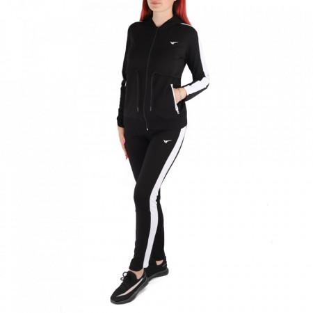 Trening pentru femei cod Redics-F03 BW - Trening pentru femei, compus din haină și pantalon Material ușor elastic Haina cu inchidere cu fermoar și buzunare cu inchidere cu fermoar Pantalon cu inchidere cu șiret și buzunare laterale - Deppo.ro