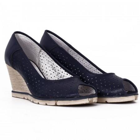 Pantofi din piele naturală cod 55672 Albaștri - Pantofi din piele naturală perforată cu platformă și vârf decupat, confortul purtării este sporit de tălpicul din piele ecologică - Deppo.ro