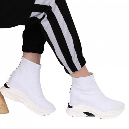 Pantofi Sport pentru dame Cod 5818 White - Pantofi sport pentru dame dinpânză cu platformă  Model cu sclipici  Foarte confortabili - Deppo.ro