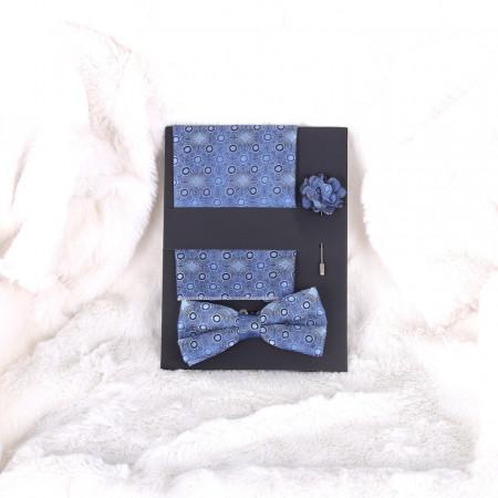 Pachet batistă, papion și broșă Alberto - Cumpără îmbrăcăminte, încăltăminte și accesorii de calitate cu un stil aparte mereu în ton cu moda, prețuri accesibile și reduceri reale, transport în toată țara cu plata la ramburs - Deppo.ro