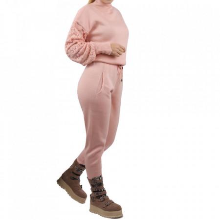 Trening tricot damă Pink - Compleu pentru femei, compus din bluză, pantalon Material ușor elastic Pantalon cu buzunareoar  laterale - Deppo.ro