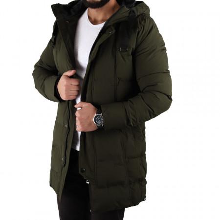 Geacă de iarnă Robin Khaki - Geacă lungă stilată de iarnă pentru bărbaţi, prevăzută cu glugă, în partea din faţă jacheta este prevăzută cu un fermoar lung rezistent şi capse. - Deppo.ro