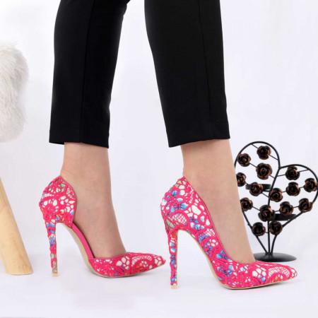 Pantofi cu toc cod HR121H Fuchsia - Pantofi cu toc ascuțit din piele ecologică întoarsă cu un design dantelat Fi in pas cu moda si străluceste la urmatoarea petrecere. - Deppo.ro