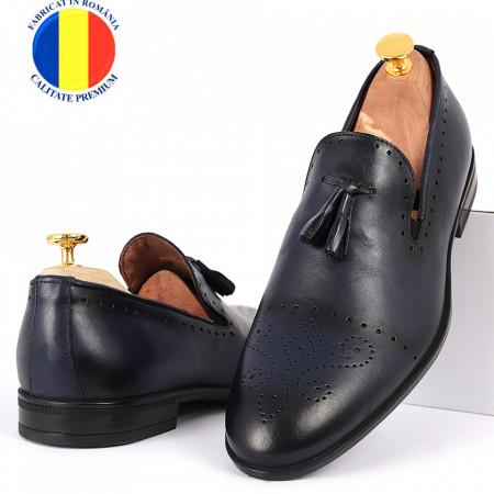 Pantofi din piele naturală cod 940 Albastru - Pantofi din piele naturală, model simplu, finisaje îngrijite cu undesign deosebit - Deppo.ro