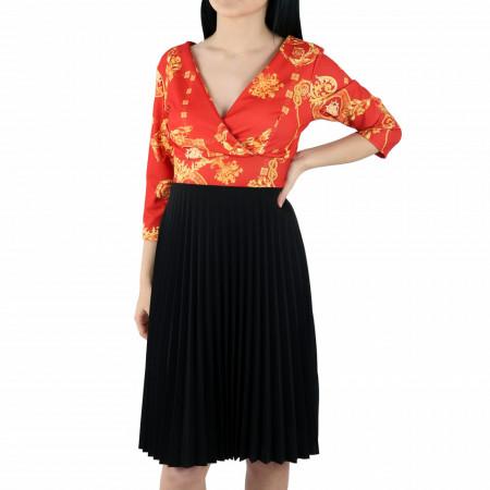 Rochie Ariona Scarlet - Rochie de zi casual cu decor floral, pentru o ținută lejeră datorita croiului îți asigura libertatea de mișcare. - Deppo.ro
