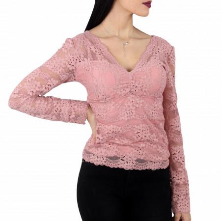 Bluză Ella Pink - Bluză  Casual,model din dantelă Și o aplicație deosebită de dantelă! Compozitie 95% viscosa, , 5% elastan - Deppo.ro
