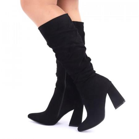 Cizme cod EK0019 Negre - Cizme negre din piele ecologică întoarsă, adunate pe picior cu fermoar - Deppo.ro