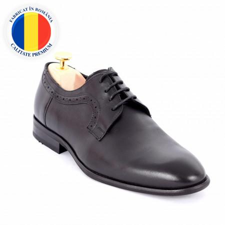Pantofi din piele naturală cod 149 Black - Pantofi din piele naturală, model simplu, finisaje îngrijite cu undesign deosebit și închidere prin șiret - Deppo.ro