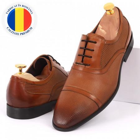 Pantofi din piele naturală maro cod 3252 - Pantofi pentru bărbaţi din piele naturală cu şiret, model simplu, finisaje îngrijite cu un design deosebit - Deppo.ro