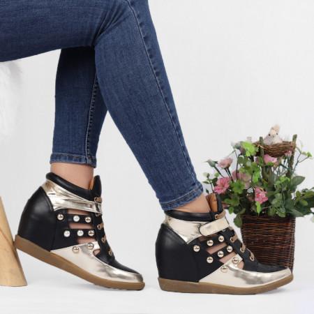 Pantofi Sport Cod 643 - Pantofi sport din piele ecologică lăcuită cu platformă  Închidere prin șiret și scai  Tip sanda  Foarte comfortabili - Deppo.ro