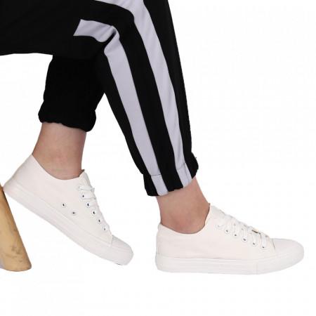 Pantofi Sport pentru dame Cod LMN083 White - Teniși pentru dame  Confectionati din material textil  Închidere cu sireturi  Vârf rotund - Deppo.ro