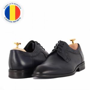 Pantofi din piele naturală cod 149 Albastru - Pantofi din piele naturală, model simplu, finisaje îngrijite cu undesign deosebit și închidere prin șiret - Deppo.ro