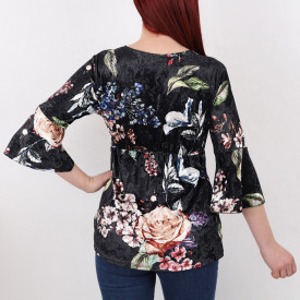 Bluză Kayden Black - Creeaza-ti propriul stil…fa-l sa fie unicpentru tine, dar identificabilpentru altii Model înfloratși o ținută casual! Potrivită pentru dame! - Deppo.ro