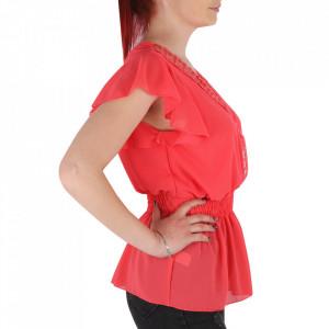 Bluză pentru dame tip cămășuță cod 1938 Coral - Bluză tip cămășuță pentru dame  Model decorativ cu dantelă  Decolteu in V - Deppo.ro