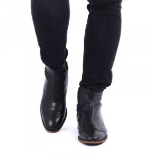 Ghete din piele naturală cod 208 Negre - Ghete pentru bărbați din piele naturală cu interior îmblănit și inchidere cu fermoar - Deppo.ro