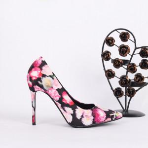 Pantofi cu to cod JX79 Negri - Pantofi cu toc din piele ecologică cu model înflorat Fii în pas cu moda şi străluceşte la următoarea petrecere. - Deppo.ro