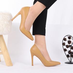 Pantofi cu toc cod 6A727 Camel - Pantofi cu toc din piele ecologică cu un design unic, fii în pas cu moda şi străluceşte la următoarea petrecere. - Deppo.ro