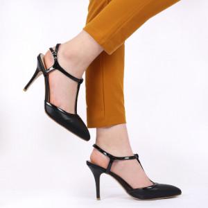 Pantofi cu toc pentru dame cod V408 Negri
