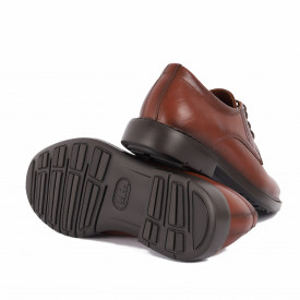 Pantofi din piele naturală Mario Maro - Pantofi din piele naturală, model simplu, finisaje îngrijite cu undesign deosebit prin vârful perforat - Deppo.ro
