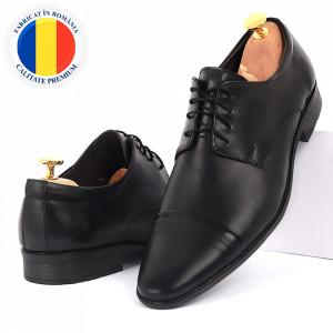 Pantofi din piele naturală negri cod 3244