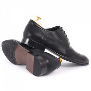 Pantofi din piele naturală negri cod 3260 - Pantofi pentru bărbaţi din piele naturală cu şiret, model simplu, finisaje îngrijite cu un design deosebit - Deppo.ro