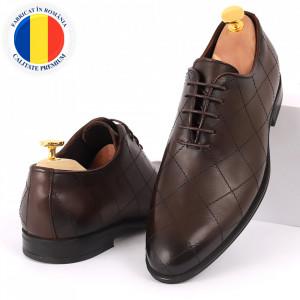 Pantofi din piele naturală pentru bărbați cod 2020 Maro Închis
