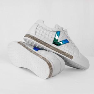 Pantofi Sport Cod 682 - Pantofi sport din pielepânză Închidere prin șiret  Model cu ștrasuri  Foarte comfortabili - Deppo.ro