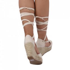 Sandale pentru dame cod BL00125 Beige - Sandale cu un model deosebit din piele ecologică, foarte confortabili potriviți pentru birou sau evenimente speciale. - Deppo.ro