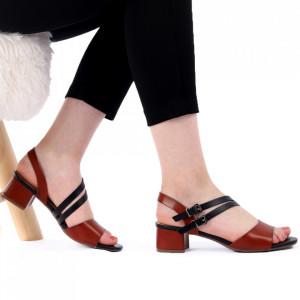 Sandale pentru dame cod J52 Brown