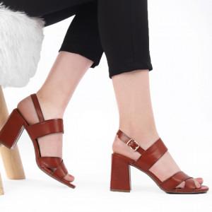 Sandale pentru dame cod J55 Brown