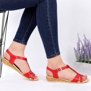 Sandale pentru dame din piele naturală cod 544T Red - Sandale pentru dama din piele naturală  Închidere prin baretă  Calapod comod - Deppo.ro