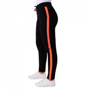 Pantaloni sport pentru dame cod DD89 Red